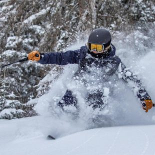 Comment bien skier en hors piste